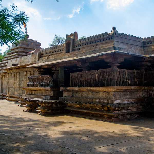 Mallikarjuna Temple Kambaduru