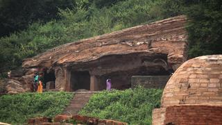 Guntapalli-att-Small Monastery