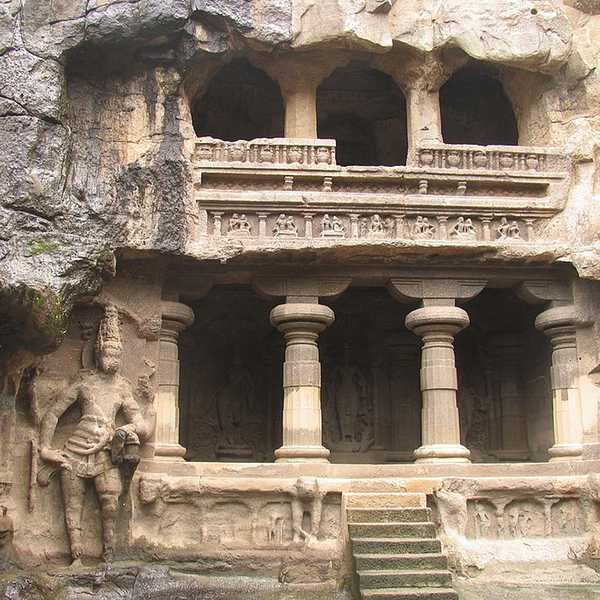 mogalarajapuram caves 04